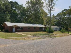 Duplex in Thorsby, AL