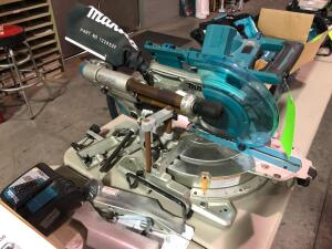 New Makita 36V XSL06 10in Saw with Charger - no battery