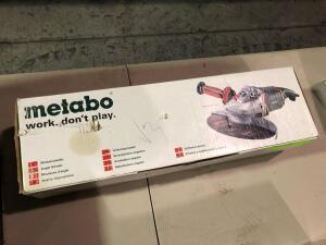 New Metabo W2 4-180 Electric Grinder