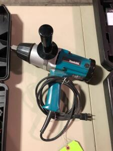 New Makita 6906 Impact Wrench - 19mm (3/4in)