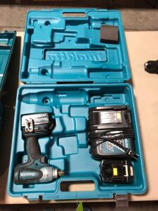 Makita XWT05 18V Impact Wrench with (2) Batteries and Charger