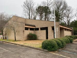 Jacksonville, Alabama - A commercial office building & land - Alabama Power Company