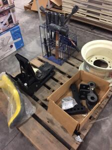 "Pallet - Tire Tools with display, 16"" rim, Hitch System Class 3, Tractor seat suspension with back"