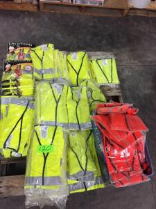 Pallet - Misc Sizes of safety vests, Class 3