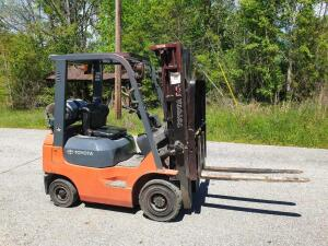 UPDATED INFORMATION Forklift - Toyota Propane 7FGU18 Model 3000# capacity