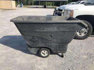 Rubbermaid Commercial Rolling Bin