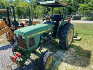 John Deere Diesel Tractor with bushing