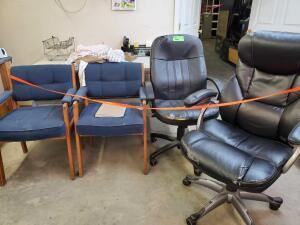(4) Office chair and Desk with misc accessories
