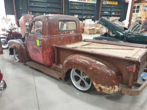 1952 Chevrolet Rat Rod Pick Up, 350 Engine Low profile tires, step side, manual transmision, modified bedl