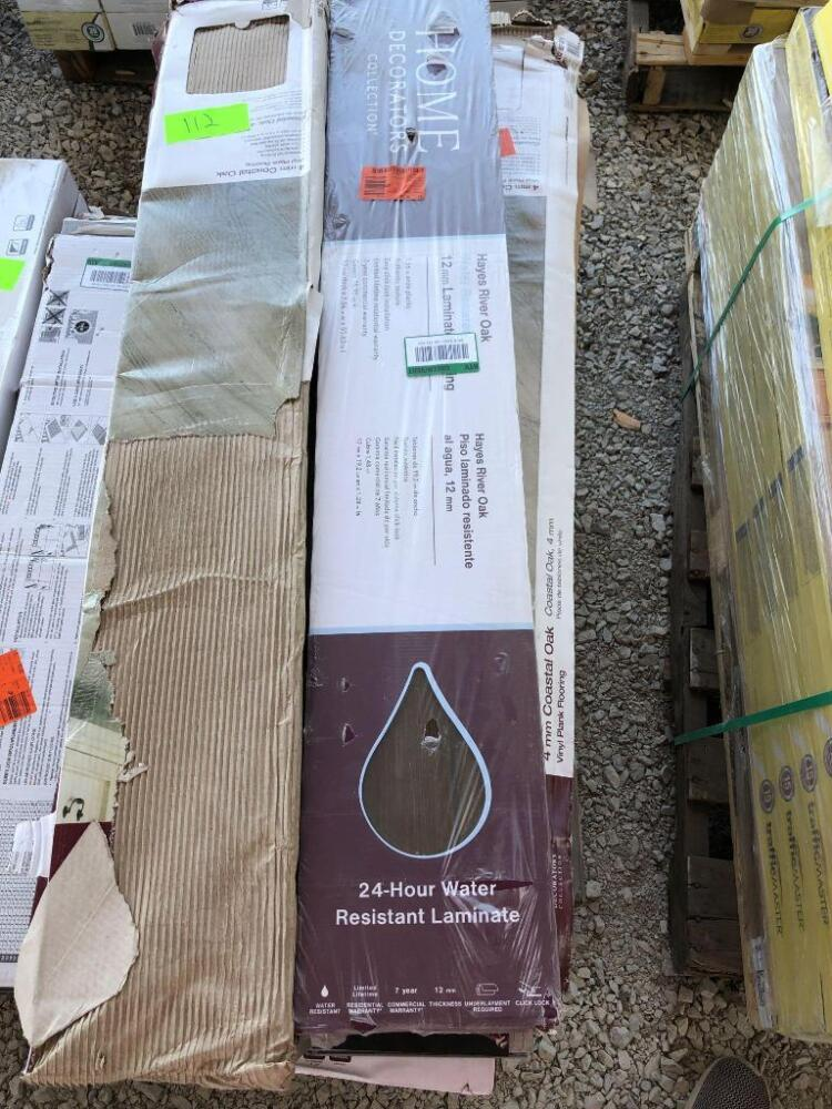 Lot Home Decorators Assorted Vinyl And Laminate Flooring