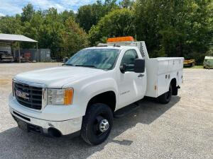 2009 Chevrolet 3500HD Utility Truck with Liftmoore Auto Crane