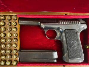 Savage Arms 1907 .32 Cal Pistol With Case