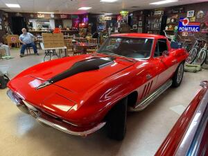 1965 Chevrolet Sting Ray Corvette Coupe