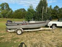 2004 Tracker Targa V-17 Fishing Boat - 4