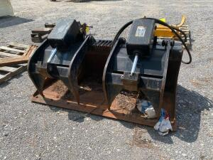 Skidsteer Cat Grapple Bucket Attachment