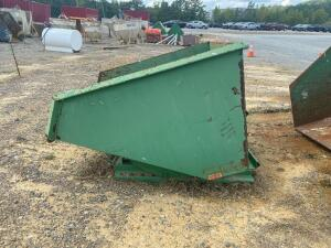 Roura 2cu Yard Dumping Trash Hopper for Forklift, Model IT-450