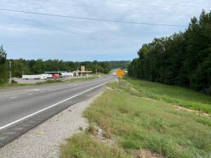 4.33 Acres, more or less located in Hamilton, Alabama