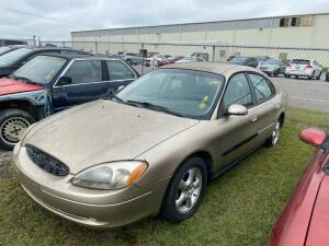 2001 Ford Taurus SES - Parts Only