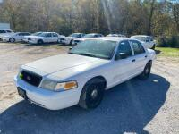 2009 Ford Crown Victoria - 2