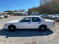 2009 Ford Crown Victoria - 9