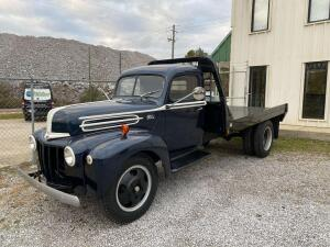 1940s Ford Flatbed Truck
