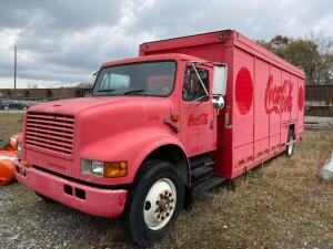 1991 International 4900 4x2 Coca Cola Truck