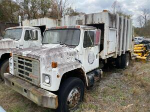 1987 International 1954 Garbage Truck