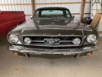 1965 Ford Mustang - partially restored - 3