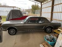 1965 Ford Mustang - partially restored - 8