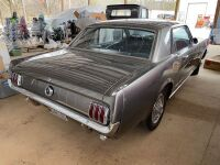 1965 Ford Mustang - partially restored - 11