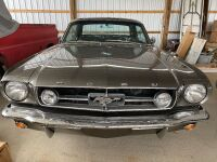 1965 Ford Mustang - partially restored - 18
