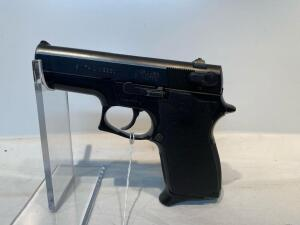 Smith & Wesson Model 469 9mm Pistol