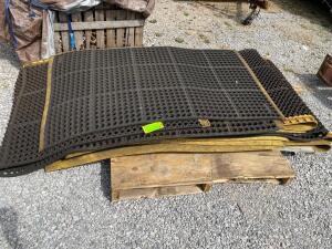 Lot- NoTrax Rubber Conveyor Mats