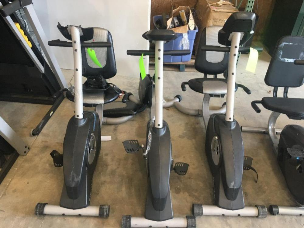 Lot 175 Of 563 3 Weslo Pursuit Ct 4 2 Stationary Bikes