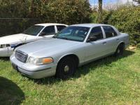 2000 Ford Crown Vic