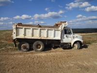 1995 International 4900 DT466 Dump Truck