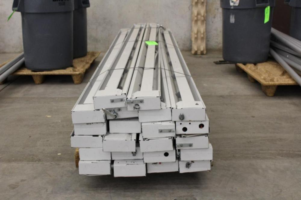 Lot 48 of 200 Pallet of 10u0027 electric tent heaters & Pallet of 10u0027 electric tent heaters