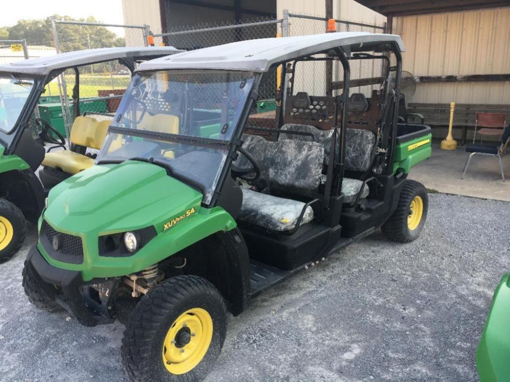 John Deere Gator 4 Seater