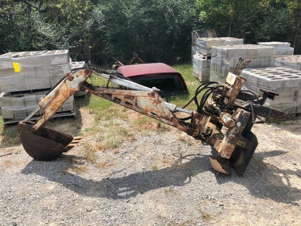 Clark Case Hydraulic Backhoe Attachment